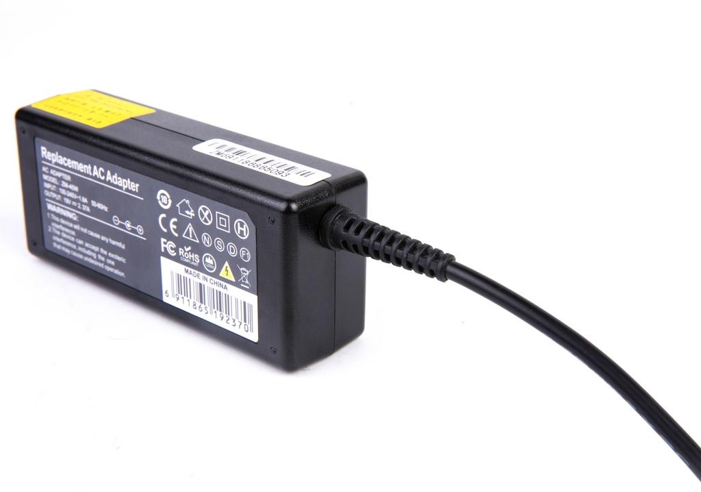 NRG + polnilnik za Asus 19V 2,37A 4,0 * 1,35 mm